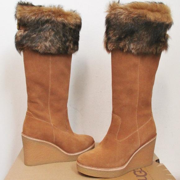 4dabb4a4ef8 New UGG Valberg Fur Cuff Chestnut Wedge Boots NWT